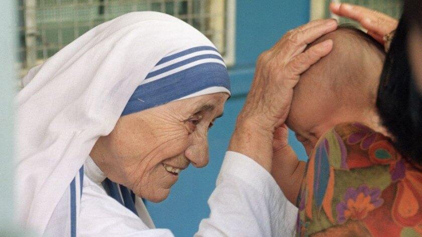 Teresa de Calcuta, una vida que la convierte en la santa de los pobres