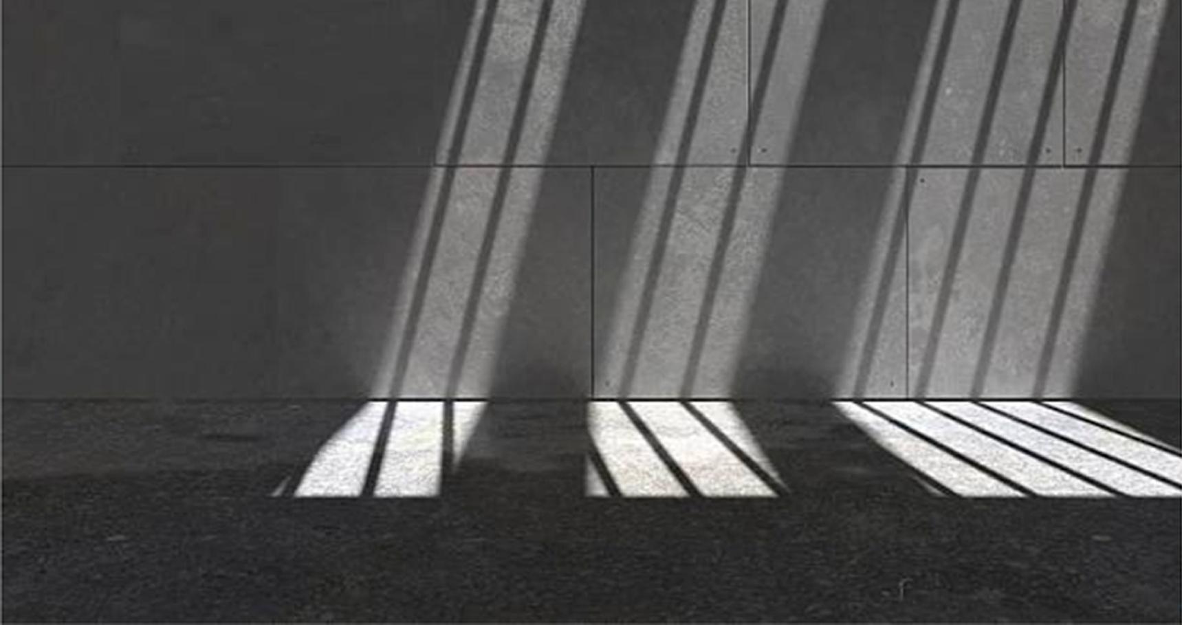Cuando la fe ilumina la oscura cárcel interior